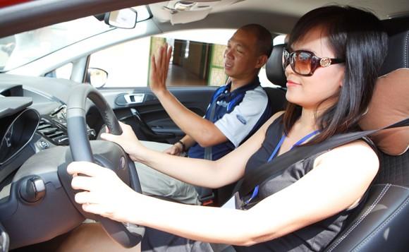 học lái xe b2 chất lượng tại trung tâm vov